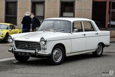 Peugeot 404 au Rasso Gazoline - News d'Anciennes