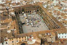 Córdoba༺♥༻✿plaza la corredera. Córdoba no es solo la Mezquita.