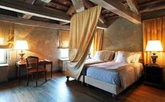 The best hotels in Sardinia, chosen by our expert, including luxury hotels, boutique hotels, budget hotels and Sardinia hotel deals. Read the reviews and book.