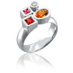bague Marélie Complice N° 1 à 4 pierres - Philippe Tournaire #rings ... An idea to re-do my moms first wedding ring...