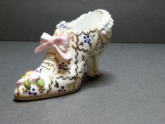 PORCELAIN HAND PAINTED DECORATIVE SHOE BY PLAUE E. GERMANY