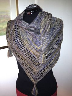Free Pattern: Light and Up by Caroline Wiens