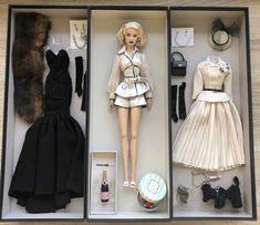 Lana Turner Ethereal Return - Books and Movies 2020 Lana Turner, Will Turner, Fashion Dolls, Fashion Royalty Dolls, Beautiful Barbie Dolls, Barbie Dream, Vintage Barbie, Vintage Dolls, Barbie Mode