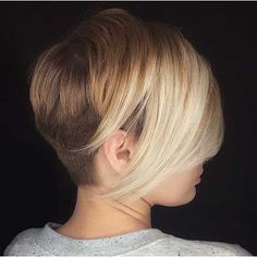 40 New Short Hair Styles for 2019 - Bobs and Pixie Haircuts - Short hairstyles that we choose affects our look enormously. Here we show you the form of some valuable hair tips. The example will show you that will. Latest Short Hairstyles, Choppy Bob Hairstyles, Trendy Haircuts, New Haircuts, Pixie Haircuts, Health And Fitness Magazine, Health And Fitness Articles, Thin Hair Styles For Women, Short Hair Styles
