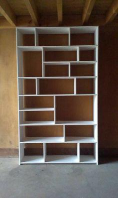 Wall Bookshelves, Bookshelf Design, Bookcase White, Home Library Design, Home Room Design, Woodworking Projects Diy, Woodworking Plans, Dressing Design, Diy Regal