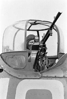 Bristol Blenheim, Lieutenant General, War Photography, Civil Aviation, Ww2 Aircraft, Miyazaki, Box Art, Armed Forces, World War Ii