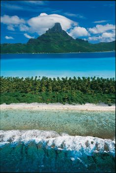 Magnificent view on Bora Bora Island and its lagoon in the center. Credit: Tim Mc Kenna