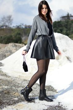 leather is one of my favorite materials and a leather skater skirt is a piece that you will wear for every situation that comes your way. Nylons, Pantyhose Outfits, Leather Skater Skirts, Leather Dresses, Leather Skirt, Fashion Tights, Tights Outfit, Women With Beautiful Legs, Girls In Mini Skirts