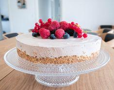 Baileys islagkage Feel Good Food, Baileys, Vanilla Cake, Bread Recipes, Recipies, Cheesecake, Food And Drink, Ice Cream, Sweets