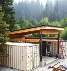 CASCADIA CONTAINER RESIDENCE Today we are featuring another stunning container residence that is making its rounds on social media. Container Shop, Cargo Container Homes, Building A Container Home, Storage Container Homes, Container House Design, Tiny House Design, Container Houses, Storage Containers, Shipping Container Buildings