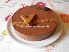 Ca fait longtemps que je voulais faire ce gâteau et bien voilà c'est fait ! Il est beaucoup plus facile à faire que ce qu'il en a l'air, il faut juste un peu de patience car il faut le préparer la veille pour un résultat parfait ! (Pour un cercle de 24...