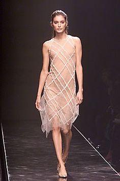 Alberta Ferretti Fall 2000 Ready-to-Wear Fashion Show
