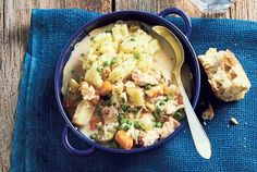 An easy, hearty slow cooker chicken stew | Metro News