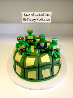 Teenage Mutant Ninja Turtles birthday cake with handmade fondant TMNT figurines...Turtle Power! - Sweets by Millie
