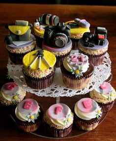 Photo camera cupcakes mustaches-photobooths