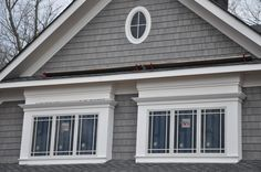 Love this style of shingle siding. Also like the oval window and white trim accents. Grey Siding, Shingle Siding, House Siding, Exterior Siding, Exterior Remodel, Exterior House Colors, Vinyl Siding, Exterior Paint, Exterior Design