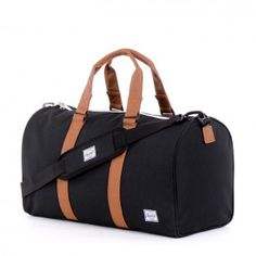 Herschel Duffle in Navy