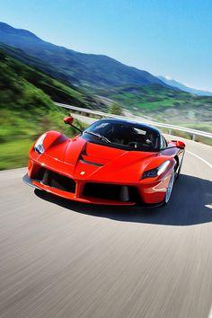 Ferrari LaFerrari Ferrari LaFerrari – Cars is Art Ferrari Laferrari, Lamborghini Aventador, Top Gear, Motor V12, Top Luxury Cars, Car Racer, Jaguar Xk, Sport Cars, Exotic Cars