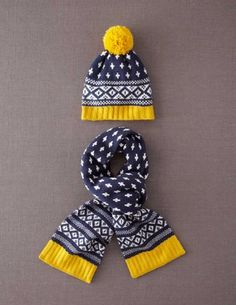 I've+spotted+this+@BodenClothing+Bobble+Hat+&+Scarf+Set+