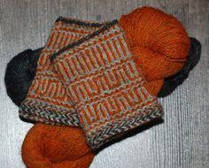 http://www.trollenwol.nl/breipakketten/hilly-knits