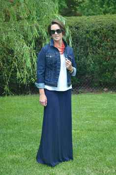How to Style A Maxi Skirt for Work - I love this navy maxi skirt with coral shoes and a denim jacket great for varying temperatures at work.