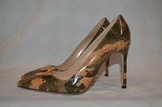 "$695 Sz 37.5-7 Manolo Blahnik Green Camo Cork Effect BB Pumps 4"" Heels #ManoloBlahnik #PumpsClassics"
