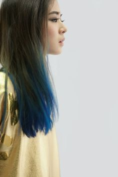 Blue ends, such a cool look. Hair inspiration