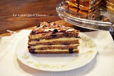 Tort cu nuca crema de vanilie si afine - Retete Timea Easy Sweets, Tiramisu, Ethnic Recipes, Food, Cakes, Meal, Essen, Hoods, Pastries