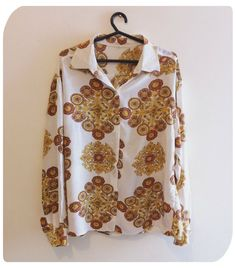 Camisa estampada vintage - Tamanho 44 R$40.00