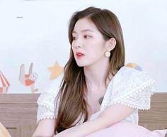 Beautiful Inside And Out, Beautiful Soul, South Korean Girls, Korean Girl Groups, Mode Ulzzang, Redvelvet Kpop, Red Velvet Irene, Bae Suzy, Aesthetic Makeup