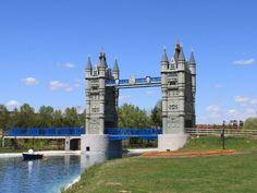 Torrejón - Parque Europa - Tower Bridge