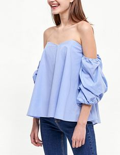 Cause a sensation with the latest fashion trends for women from Stradivarius. Find new dresses, jeans or jumpsuits for Spring& Made with love! Top Volant, Off Shoulder Blouse, Off The Shoulder, New Outfits, Casual Outfits, Cut Shirts, Mode Style, Latest Fashion Trends, New Dress