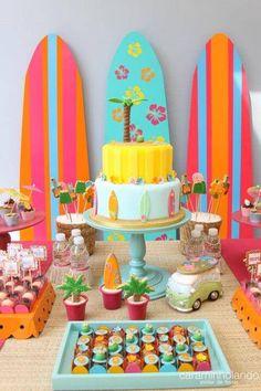 Aloha Party, Moana Birthday Party, Hawaiian Birthday, Moana Party, Luau Birthday, 6th Birthday Parties, Luau Party, Teenager Party, Surfer Party
