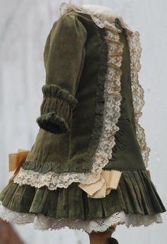 """Exquisite antique velvet doll dress and bonnet, bronze-green, French bebe 23-24""""   eBay"""