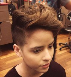 short hairstyle with undercut for teen girls