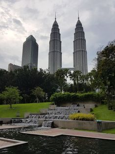 Kuala Lumpur City Guide - Ultimate things to do | Happy Face Traveller