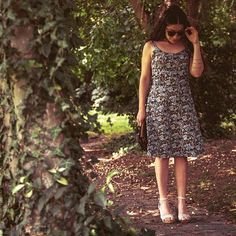Walking around Hidden city gems in the vintage Floral dress #floral dress #romantic #vintage style