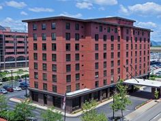 Pittsburgh (PA) Hampton Inn & Suites Pittsburgh Downtown United States, North America Hampton Inn & Suites Pittsburgh Downtown is conveniently located in the popular Pittsburgh City Center area. Featuring a complete list of amenities, guests will find their stay at the property a comfortable one. All the necessary facilities, including 24-hour front desk, facilities for disabled guests, express check-in/check-out, luggage storage, Wi-Fi in public areas, are at hand. Comfortabl...