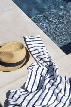 striped tee and fedora- timeless
