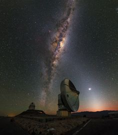 La Silla Dawn Kisses the Milky Way This picture was taken just before dawn at the La Silla Observatory, in outskirts of the Chilean Atacama Desert. A layer of orange hovering over the horizon announces the imminent arrival of the Sun. Night Sky Photos, Light Pollution, Space Photos, Astrophysics, Dark Skies, Milky Way, Stargazing, Night Skies, Cosmos
