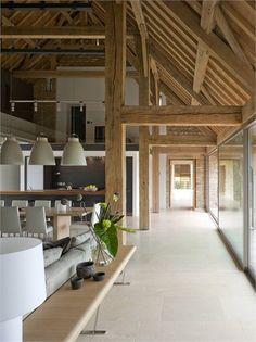 ©McLean Quinlan Architects - bij lichte vloer vallen de drukke lijnen minder op