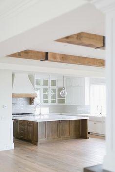 #homedesignideas #kitchenislandideas #kitcheninteriors #kitcheninspiration
