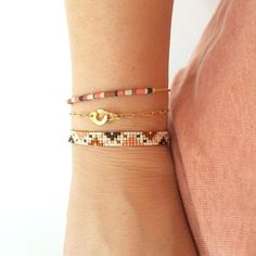 - #Delgadas Thread Bracelets, Bead Loom Bracelets, Handmade Bracelets, Diy Jewelry, Jewelery, Jewelry Design, Jewelry Making, Loom Bracelet Patterns, Bead Loom Patterns