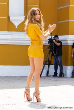 short skirt high heels, Jennifer Lopez shorter dress http://ift.tt/20oBl6l