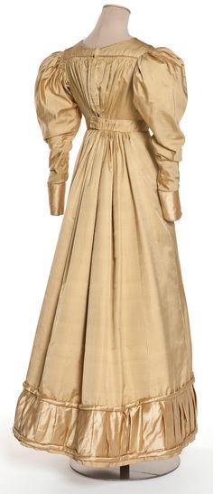 Dress, sergé and silk, France, 1822