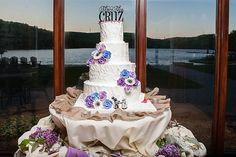 Katie   Carlos� Geeky Lakeside Wedding