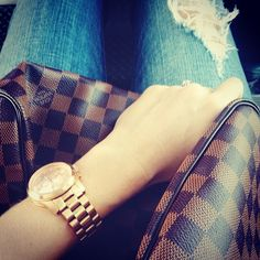 Fall Outfit - Distressed jeans, Louis Vuitton Speedy 30 & Michael Kors watch