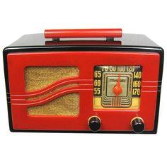 "View this item and discover similar for sale at - 1941 Iconic Motorola Black & Red ""S"" Grill Catalin Bakelite Tube Radio. The radio is ORIGINAL. Retro Radios, Lps, Transistor Radio, Record Players, Art Deco Furniture, Retro Home Decor, Old Tv, Retro Design, Architecture"