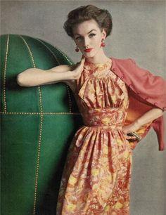 Mainbocher silk dress June 1956 Vogue Magazine