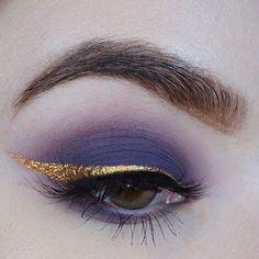 Purple Eyeshadow with Gold Flake Eyeliner Pretty Makeup, Love Makeup, Makeup Inspo, Makeup Art, Fairy Makeup, Mermaid Makeup, Crazy Makeup, Make Up Looks, Makeup Goals
